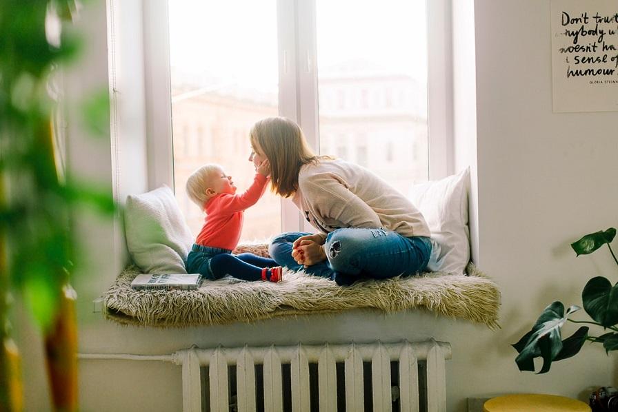 Kuva: Puheterapia lapsen kommunikaation tukena - Miten sanoisit, jos et osaisi puhua?