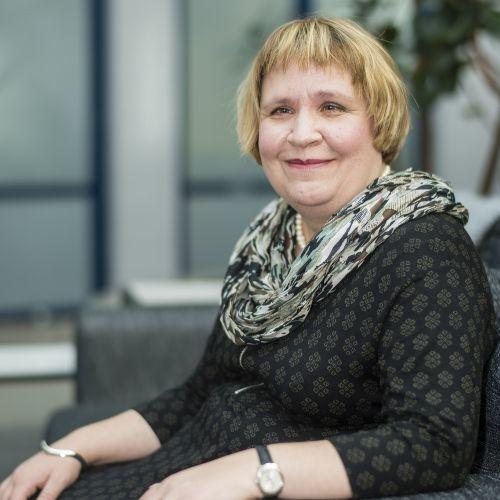 Profiilikuva: Eeva-Maija Möttönen